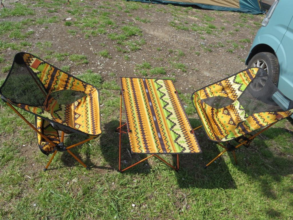 DesertFox キャンプのテーブル
