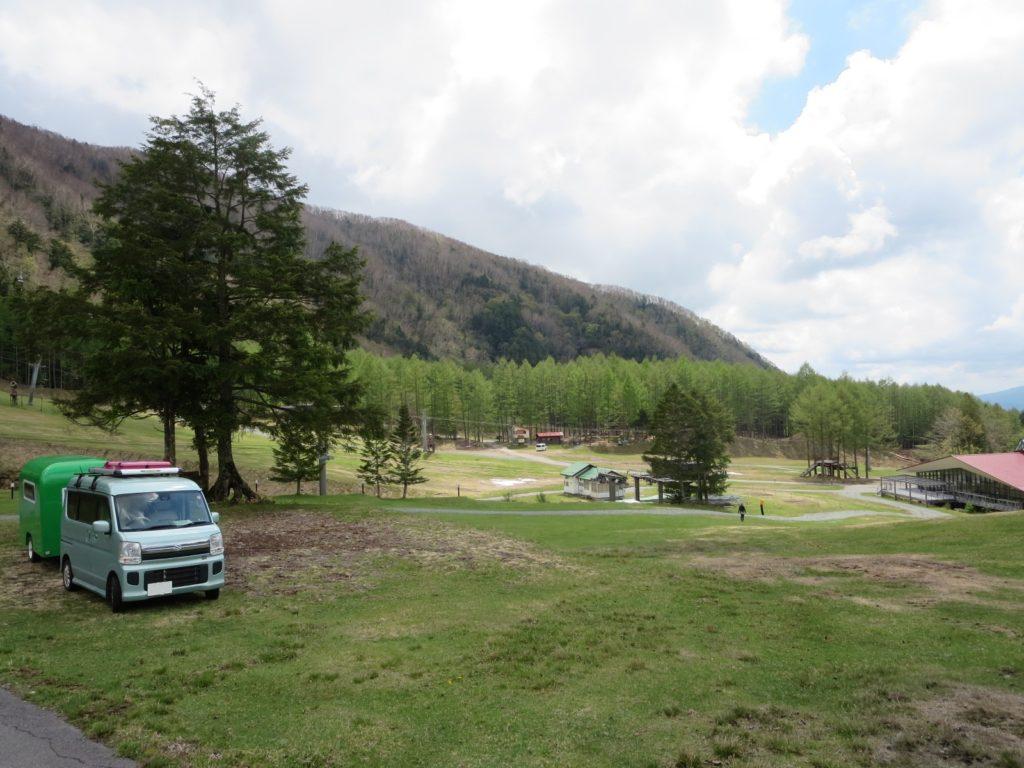 丸沼高原オートキャンプ場でのエブリィワゴンと軽キャンピングトレーラー