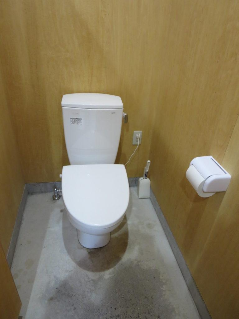丸沼高原オートキャンプ場のトイレ棟のトイレ便座