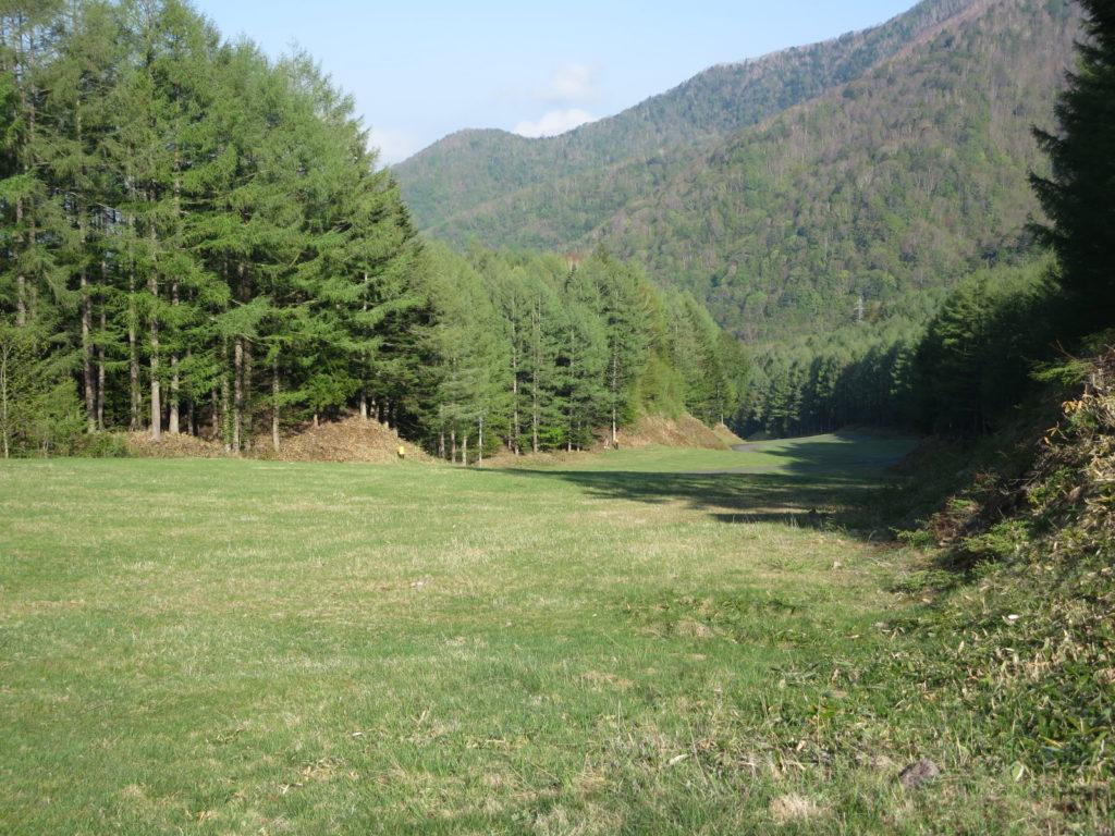 丸沼高原オートキャンプ場の斜面(ここはキャンプできないエリア)