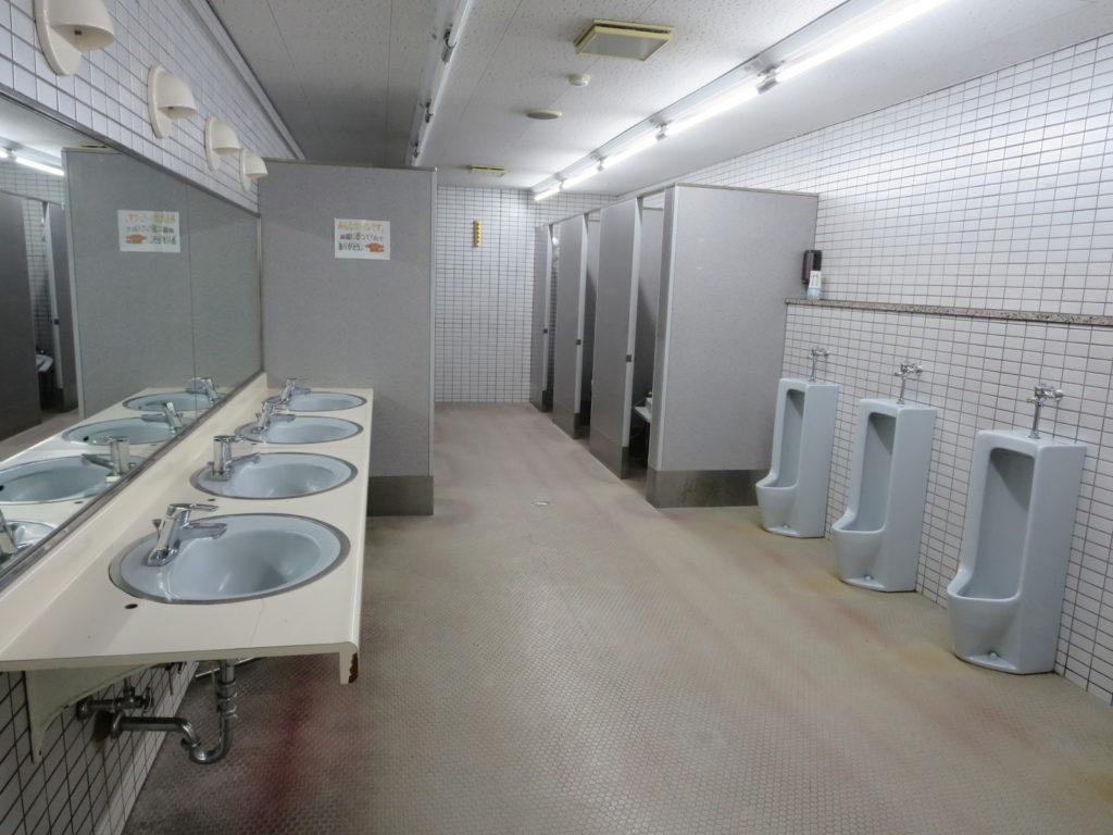 丸沼高原オートキャンプ場のレストランのトイレ