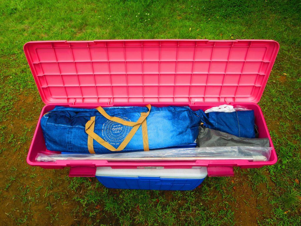 上毛高原キャンプグランドの荷物(タープセット)7 RVBOX