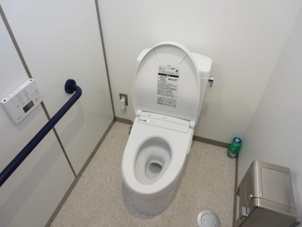 道の駅ビーナスライン蓼科湖のトイレ棟 便器