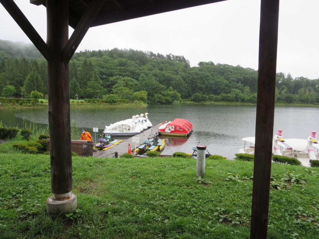 蓼科湖のボート乗り場