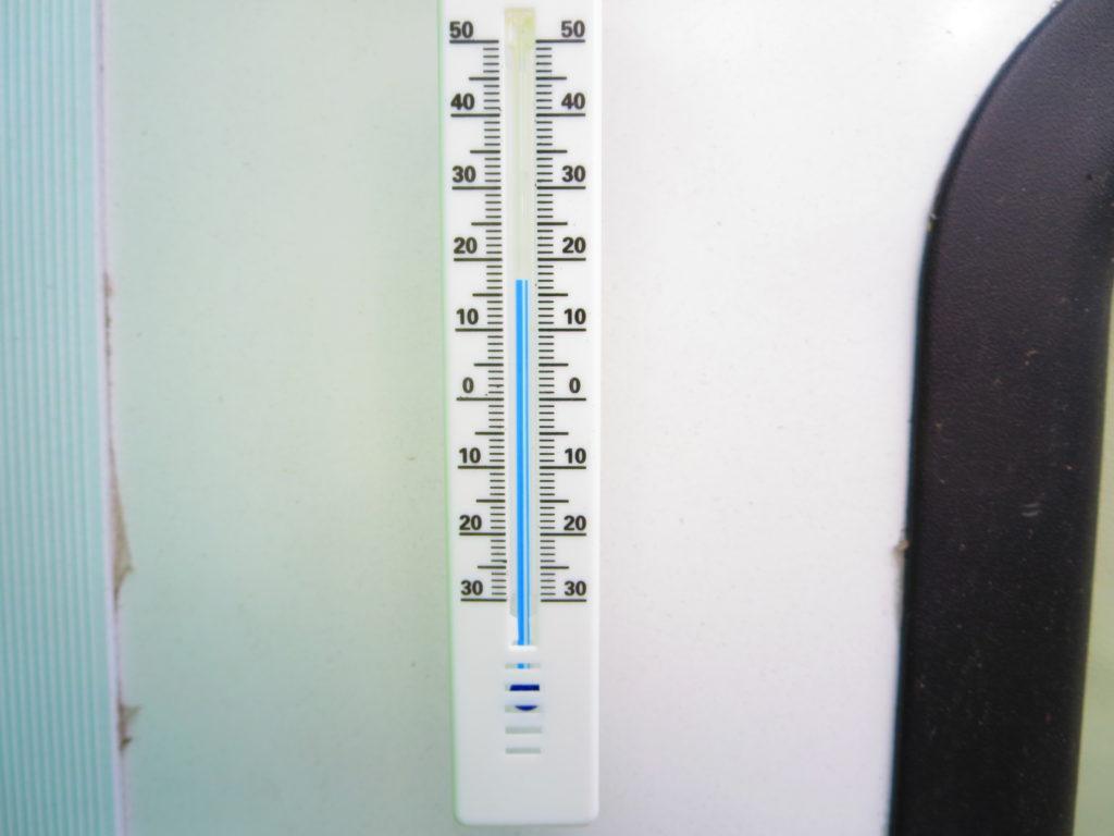 すずらんの湯の幌馬車くん車中泊 朝の気温