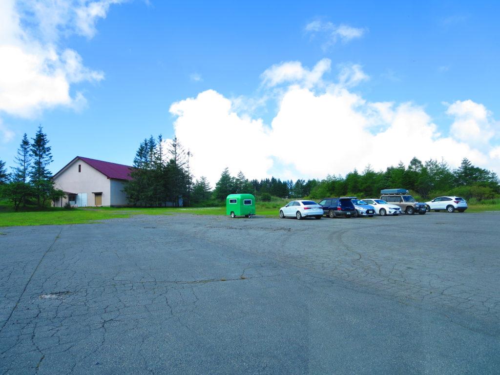 霧ヶ峰キャンプを幌馬車くんで行く 指定駐車場