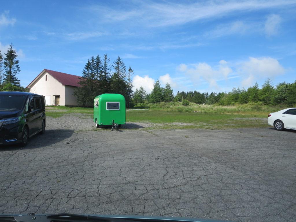 霧ヶ峰キャンプを幌馬車くんで行く 霧ヶ峰キャンプ場の指定駐車場