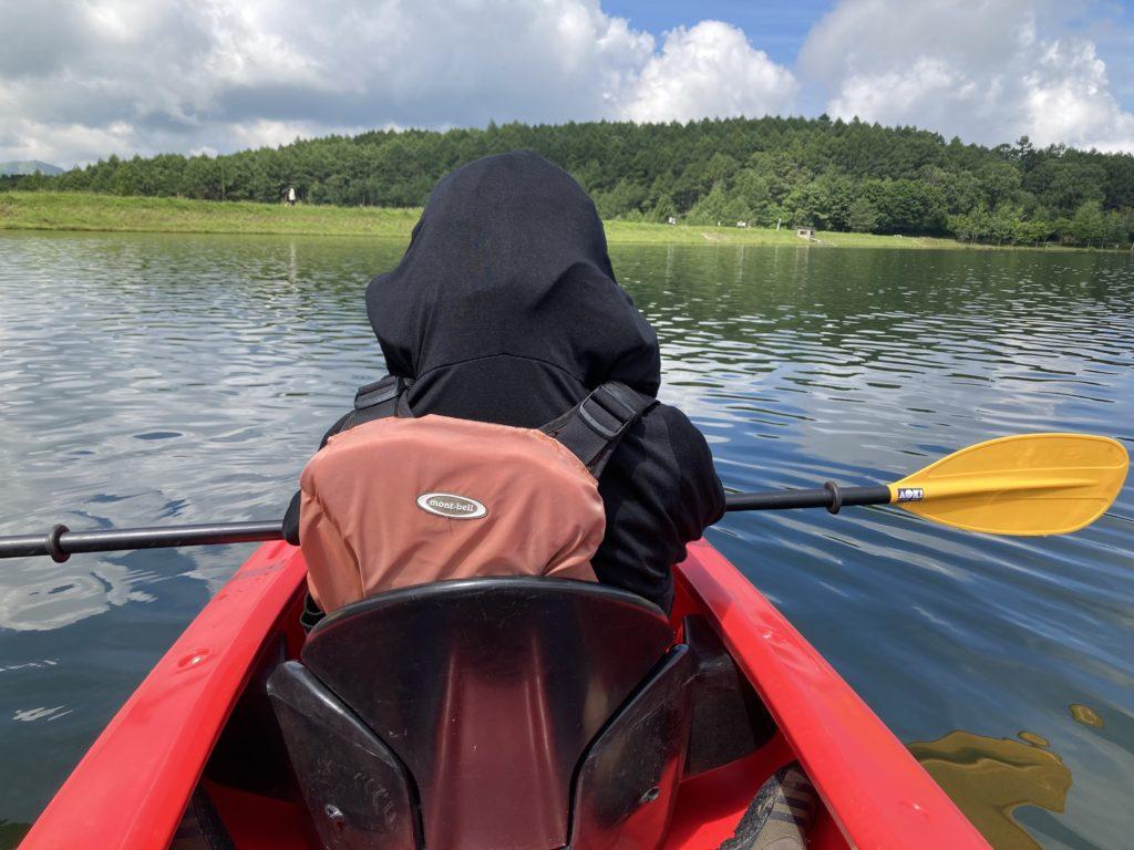 女神湖でカヤック