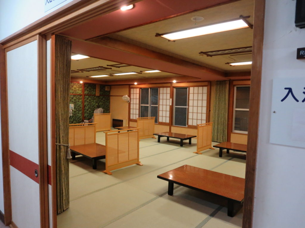道の駅ビーナスライン蓼科湖の小斉の湯温泉の無料休憩所