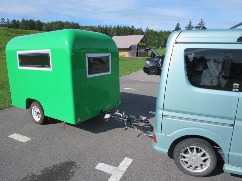 霧ヶ峰スキー場の駐車場車中泊 キャンピングトレーラーの幌馬車くんのトレーラーの連結
