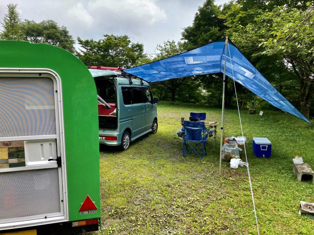 わらび平森林公園キャンプ場を軽キャンピングトレーラーの幌馬車くんでキャンプ