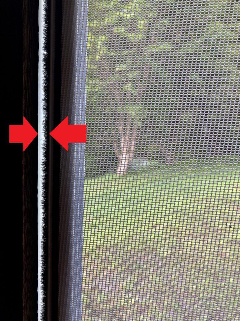 幌馬車くんのドアの網戸とフレームの隙間の対応