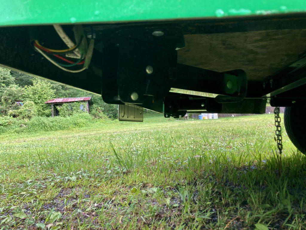 わらび平森林公園キャンプ場を軽キャンピングトレーラーの幌馬車くんでキャンプ幌馬車くんのアウトリガー