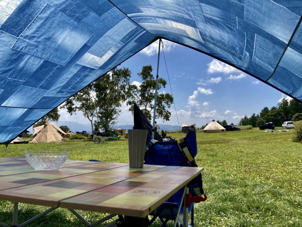 武尊牧場キャンプ場に幌馬車くんの軽キャンピングトレーラーで行く車中泊のキャンプ コールマンインディゴ