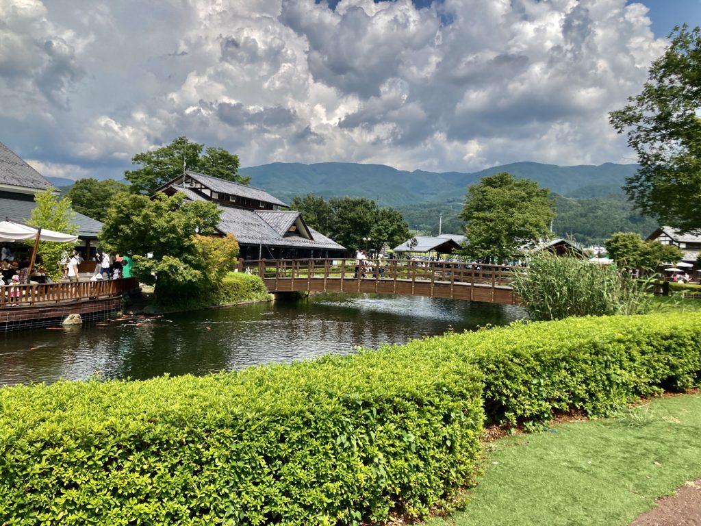 道の駅・川場田園プラザに幌馬車くんの軽キャンピングトレーラーで行く 池