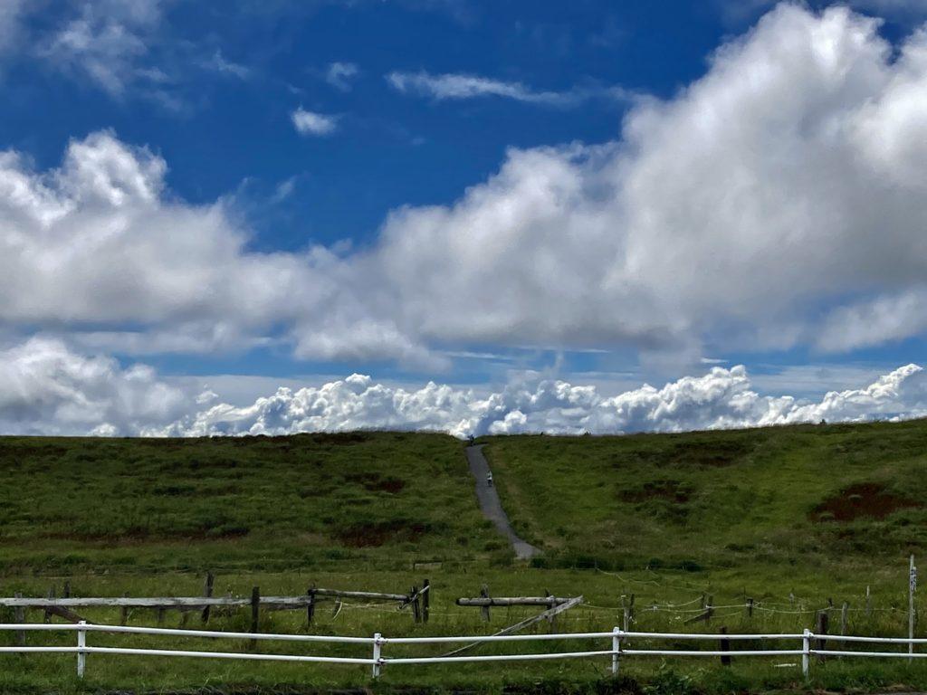 馬車くんと行く霧ヶ峰スキー場の車中泊&周辺散策で霧の駅から見た風景
