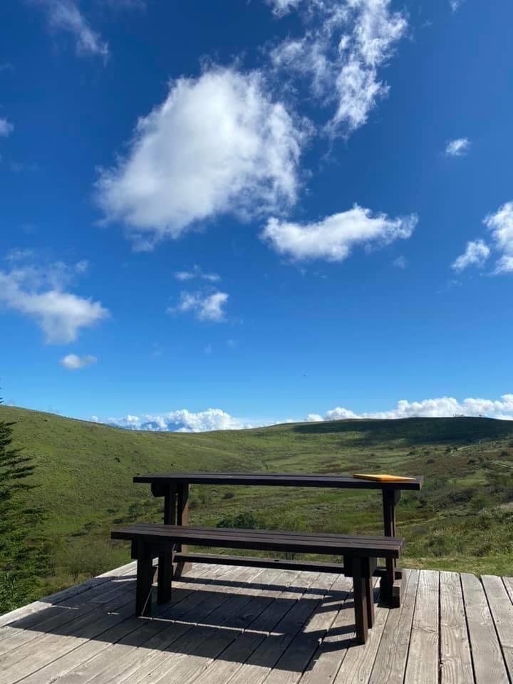 幌馬車くんと行く霧ヶ峰スキー場の車中泊&霧ヶ峰キャンプの初日のころぼっくるヒュッテのベストショット