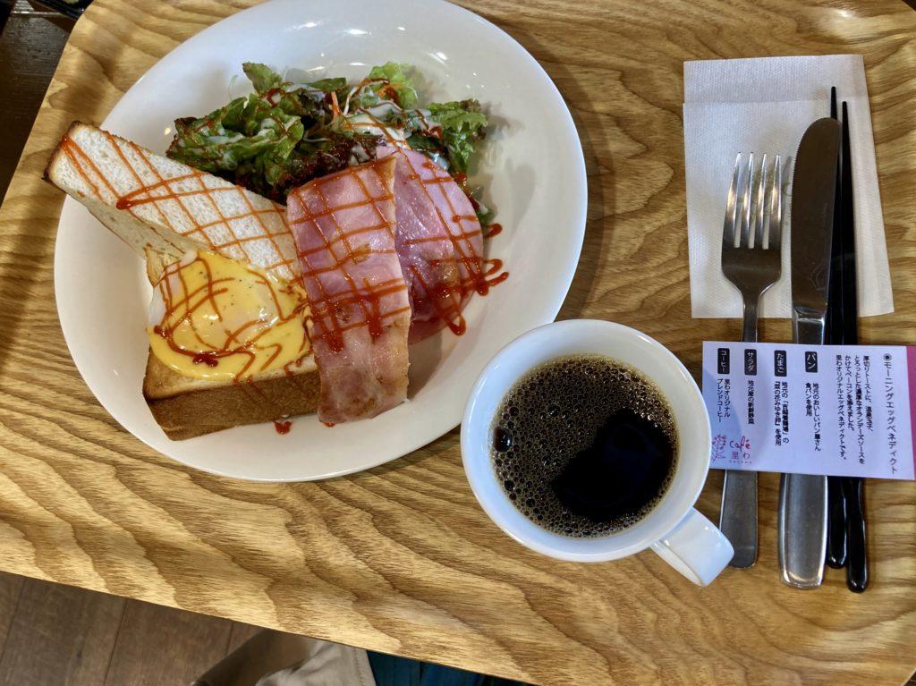道の駅「花の駅千曲川」のcafe 里わのモーニングのエッグベネディクト