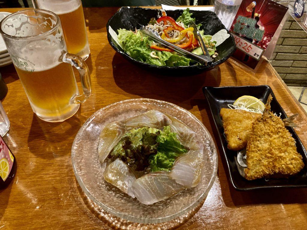 伊豆の道の駅「伊東マリンタウン」の伊豆高原ビールのレストランで地ビール