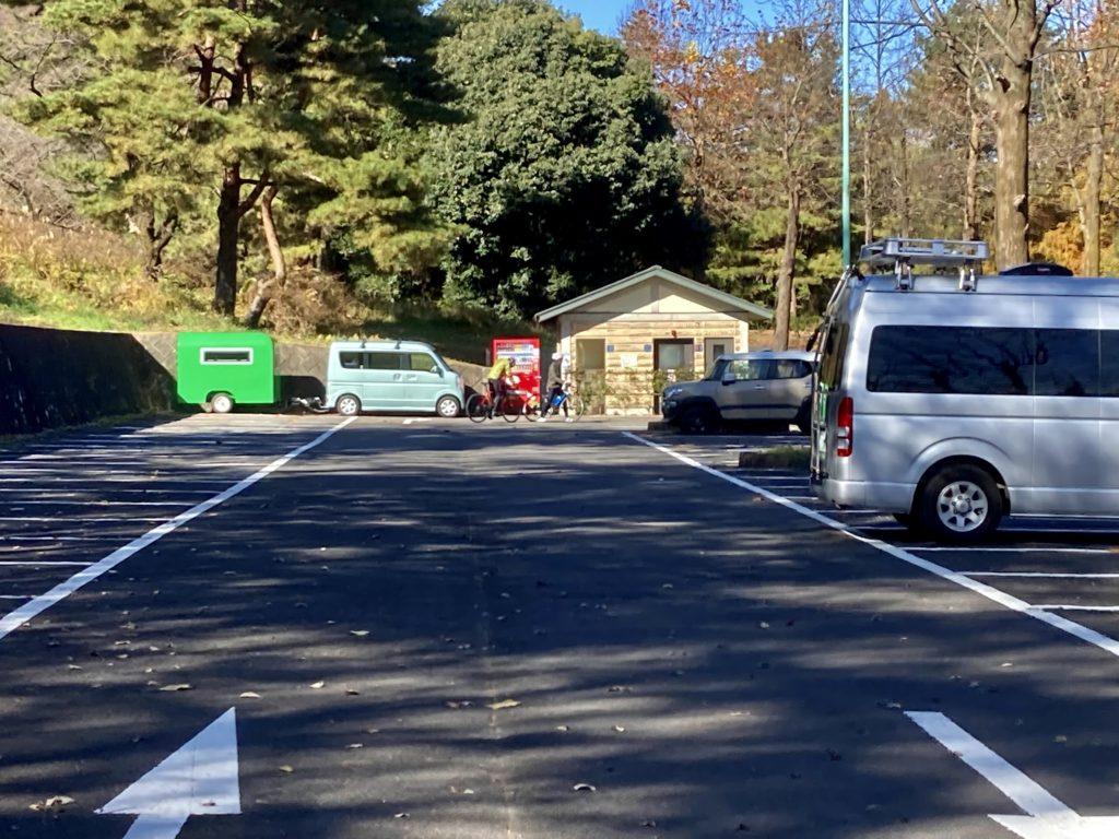 軽キャンピングトレーラーの幌馬車くんで行く渋川市総合公園キャンプ場