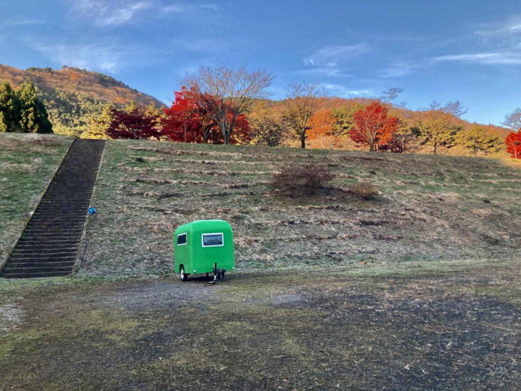 軽キャンピングトレーラーの幌馬車くんで行く渋川市総合公園キャンプ場&伊香保温泉観光のトレーラー切り離し