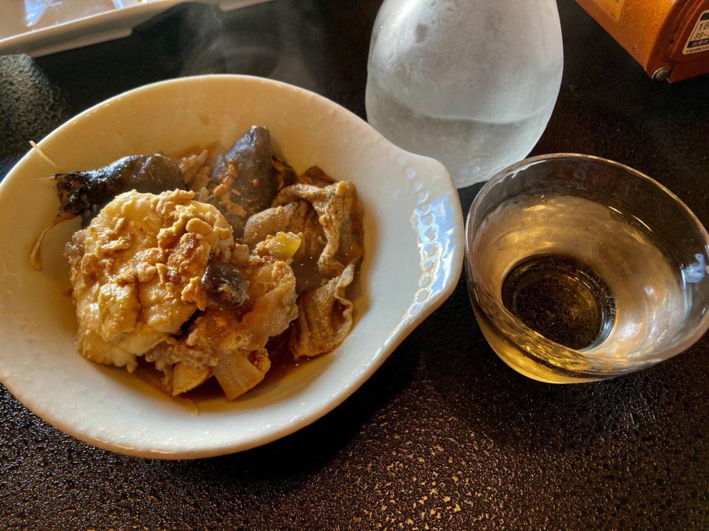 大洗サンビーチ近くの宮田であんこう鍋づくしコースを食べた日本酒とよく合う