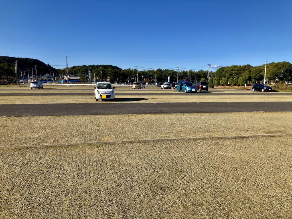 幌馬車くんと行く軽キャンピングトレーラー車中泊で大洗サンビーチ駐車場に泊まるオススメ車中泊の駐車場は多目的広場(大)隣の大洗町営第二駐車場