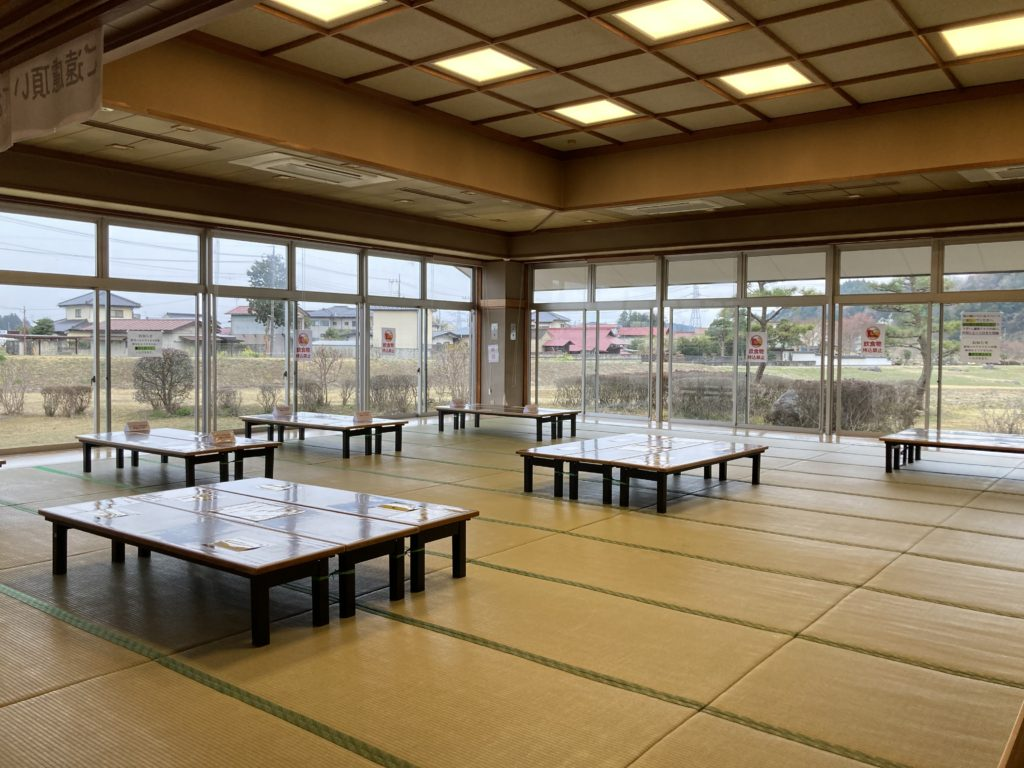 幌馬車くんと行く軽キャンピングトレーラー車中泊で矢坂城の湯温泉での無料休憩所