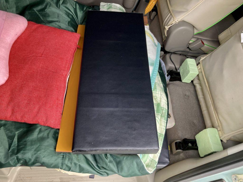 碓氷峠の日帰り温泉施設「峠の湯」エブリィワゴンで車中泊のベッドマット