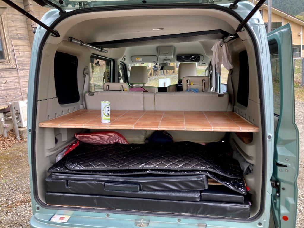 碓氷峠の日帰り温泉施設「峠の湯」エブリィワゴンで車中泊の荷台