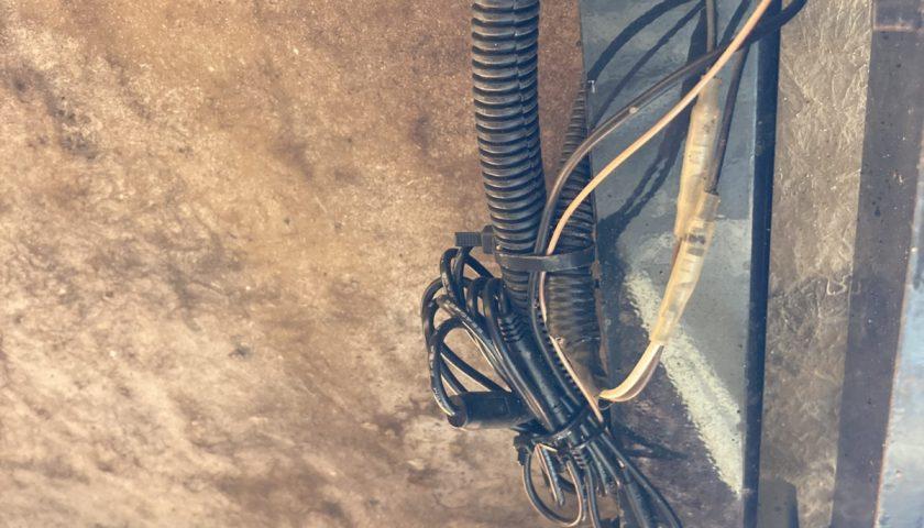 Vanfare V-03 5インチワイヤレスバックモニターの防水処理