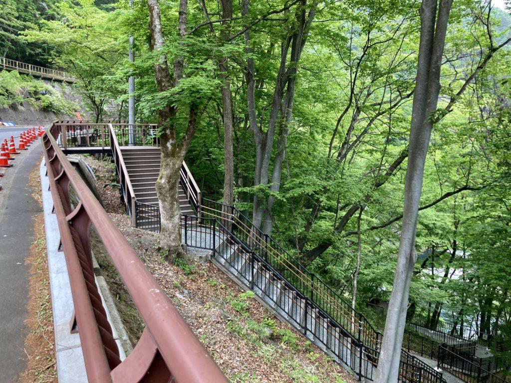 道の駅「あがつま峡」から八ッ場(やんば)ダムへの周遊ウオーキング