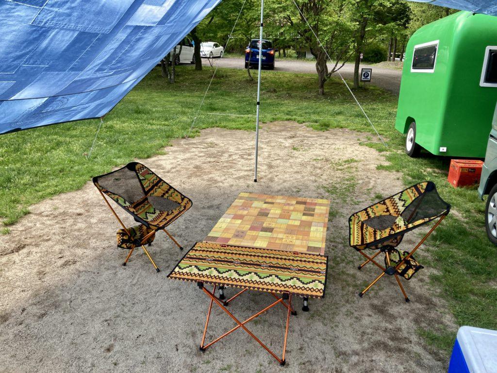 幌馬車くんと行く北軽井沢スウィートグラスの軽キャンピングトレーラのキャンプの浅間ビューサイト
