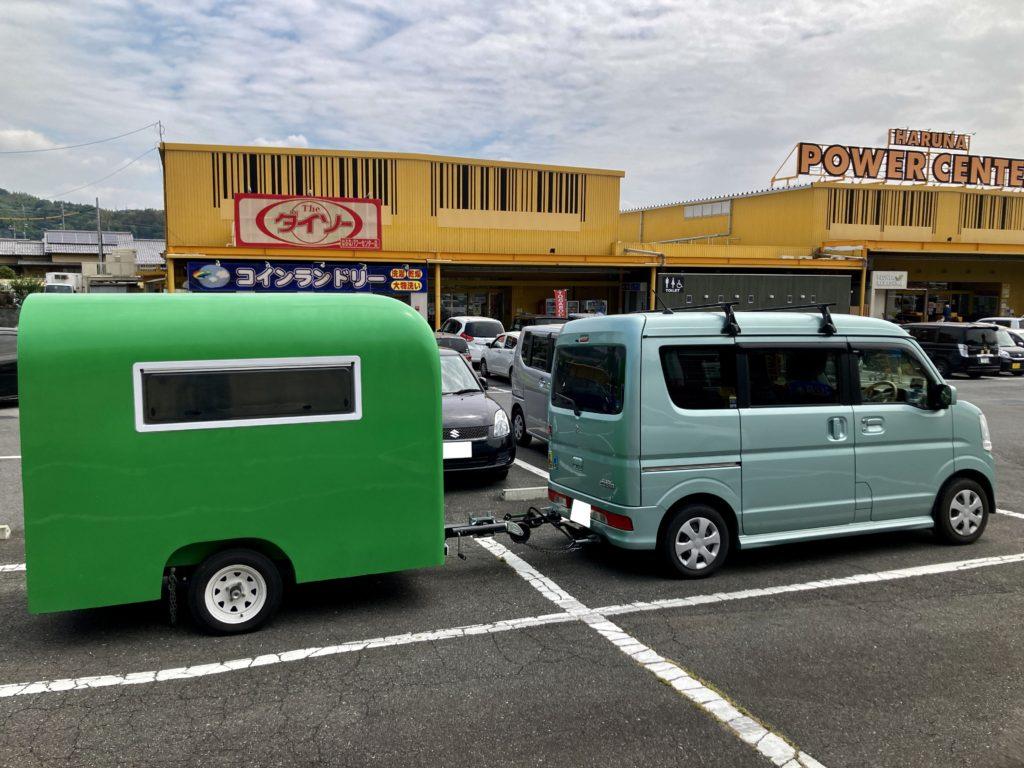 幌馬車くんと行く北軽井沢オートキャンプ場「きたかる」の軽キャンピングトレーラ車中泊でスーパーで買い出し