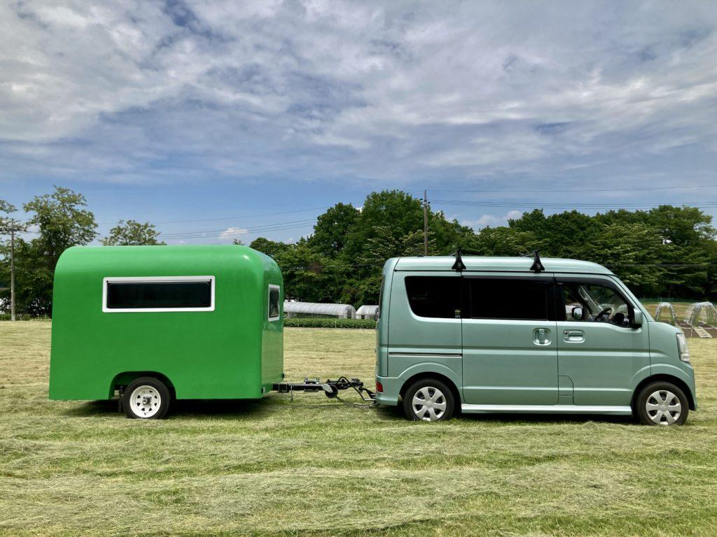 幌馬車くんと行く北軽井沢オートキャンプ場「きたかる」の軽キャンピングトレーラ車中泊のそよ風サイトに駐車