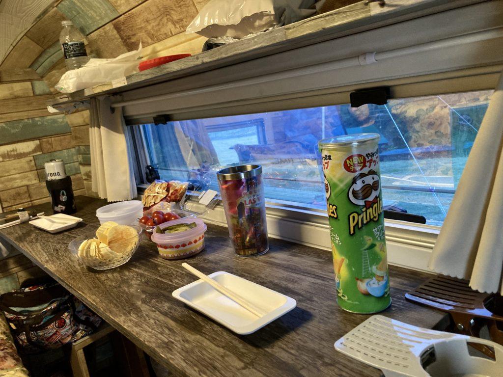 幌馬車くんと行く北軽井沢オートキャンプ場「きたかる」の軽キャンピングトレーラ車中泊でトレーラー吞み