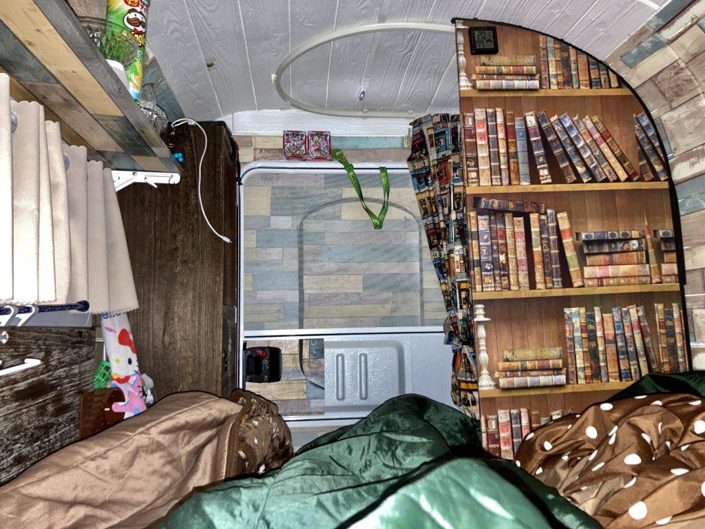 幌馬車くんと行く北軽井沢オートキャンプ場「きたかる」の軽キャンピングトレーラ車中泊で睡眠