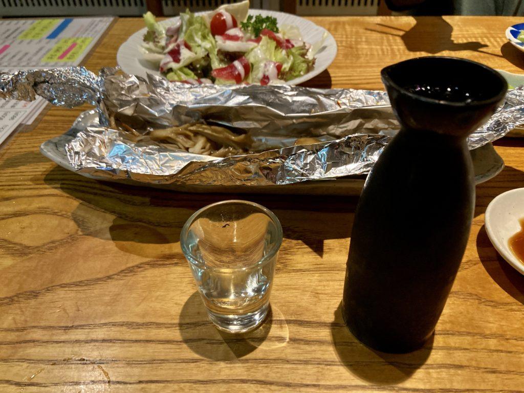 草津温泉「湯畑観光駐車場」で夜は居酒屋の「源氏」で食事