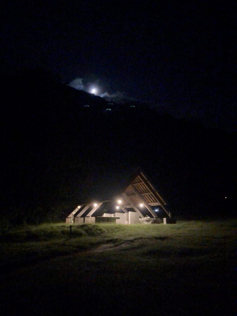湯の湖 日光湯元キャンプ場の夜