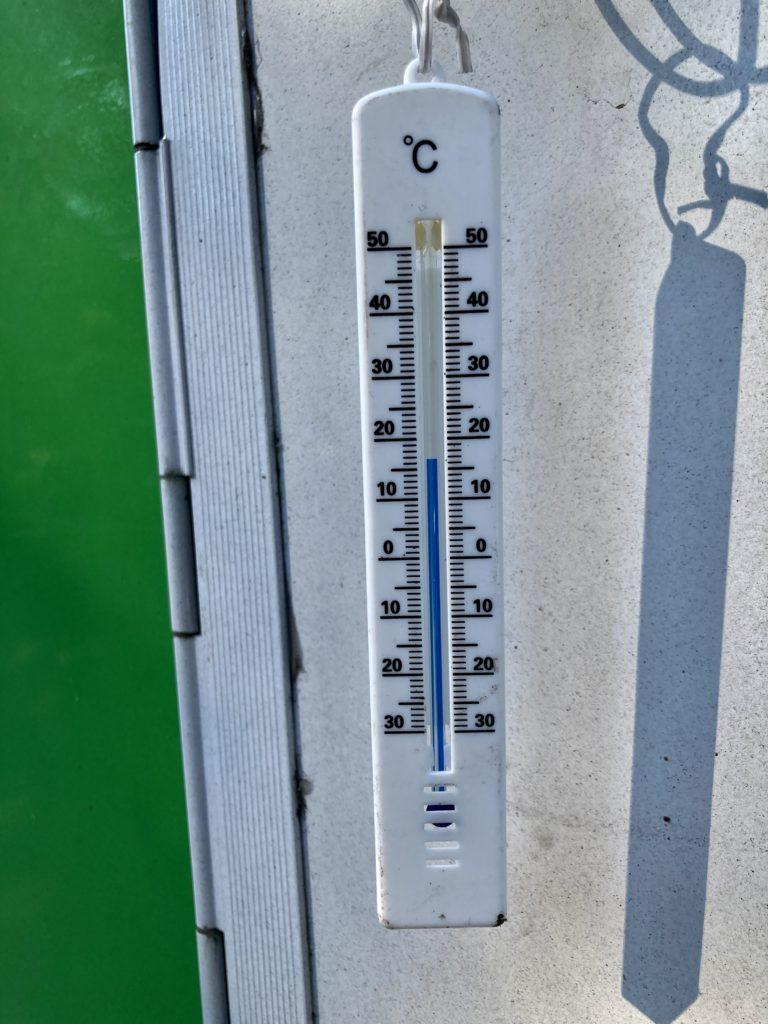 湯の湖 日光湯元キャンプ場の7月の朝の7時の気温は16℃
