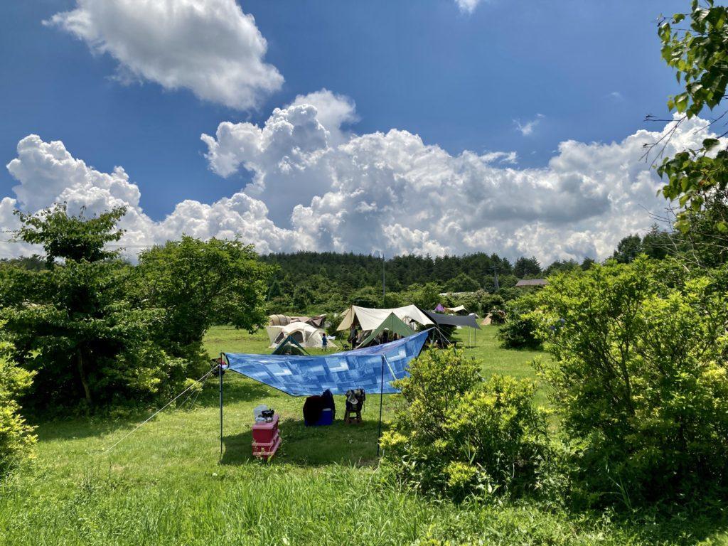 嬬恋のバラキ高原キャンプ場で湖畔を見ながらキャンプした時の場所