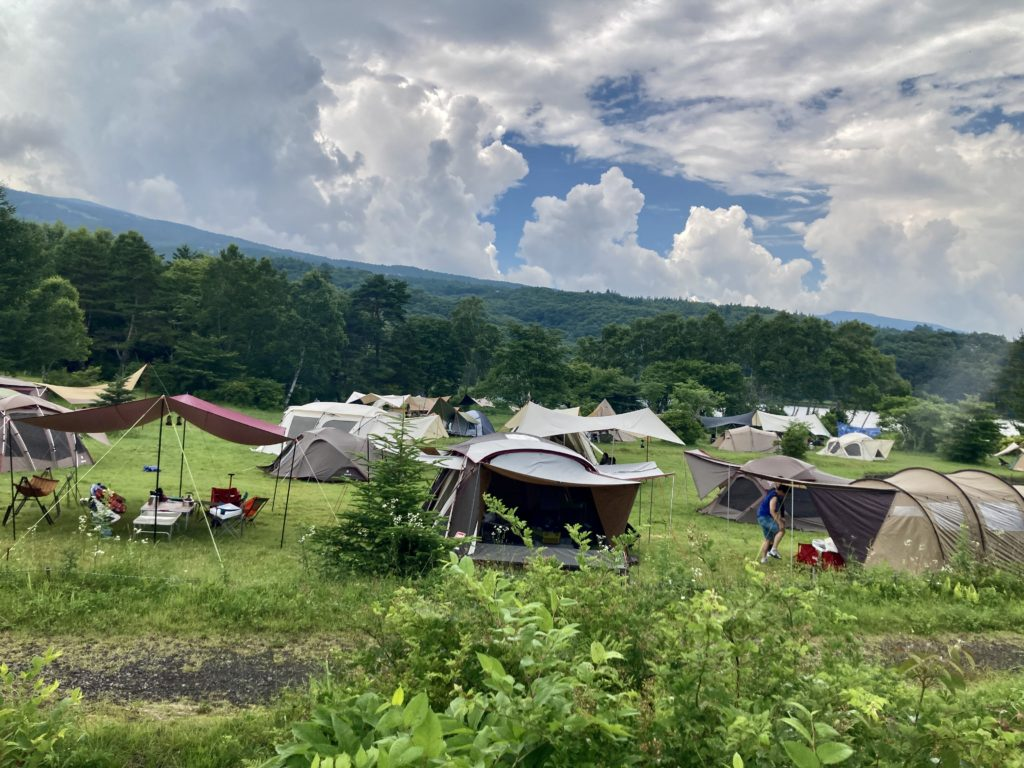 嬬恋のバラキ高原キャンプ場の混雑