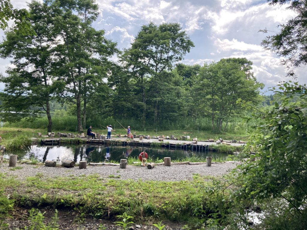 バラキ高原キャンプ場からエサ釣りの会場