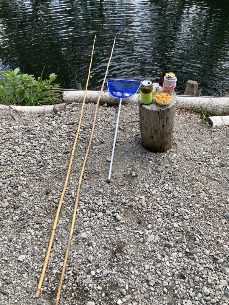 バラキ高原キャンプ場からエサ釣りのレンタル道具一式