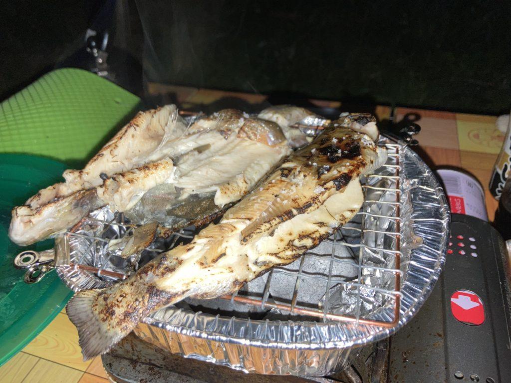 嬬恋バラキ湖で釣った魚を焼いてみた