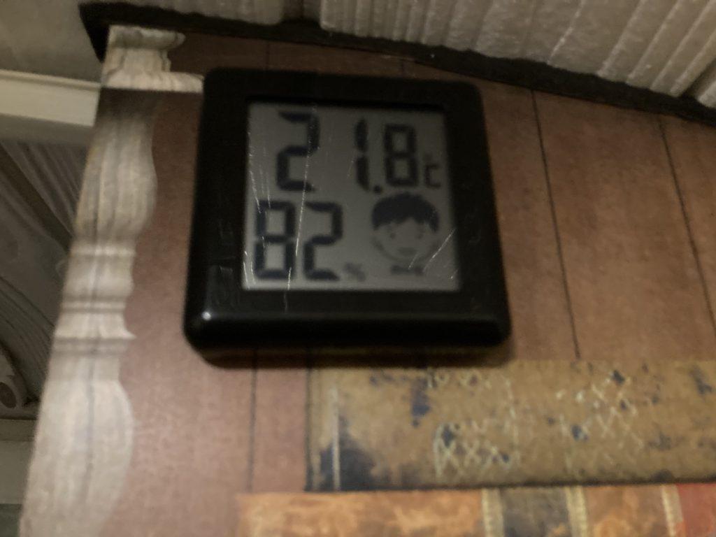 軽キャンピングトレーラーの幌馬車くんで行く嬬恋のバラキ高原キャンプ場の7月の夜の気温