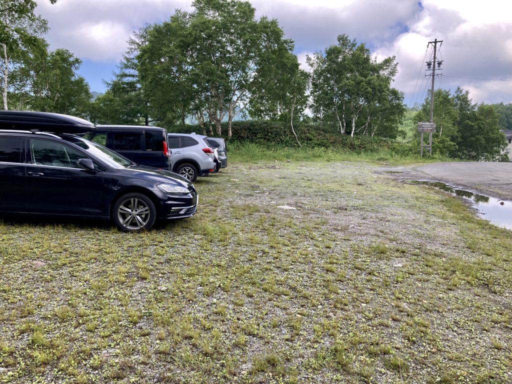 志賀高原の木戸池キャンプ場の専用駐車場