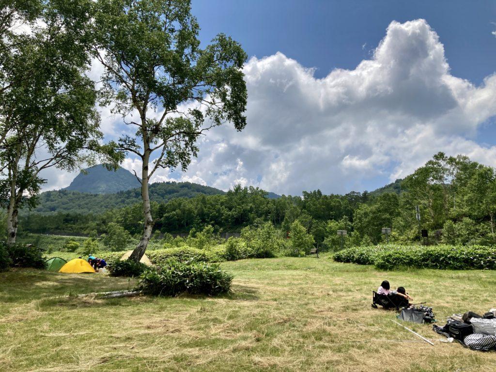 志賀高原の木戸池キャンプ場のテントサイト
