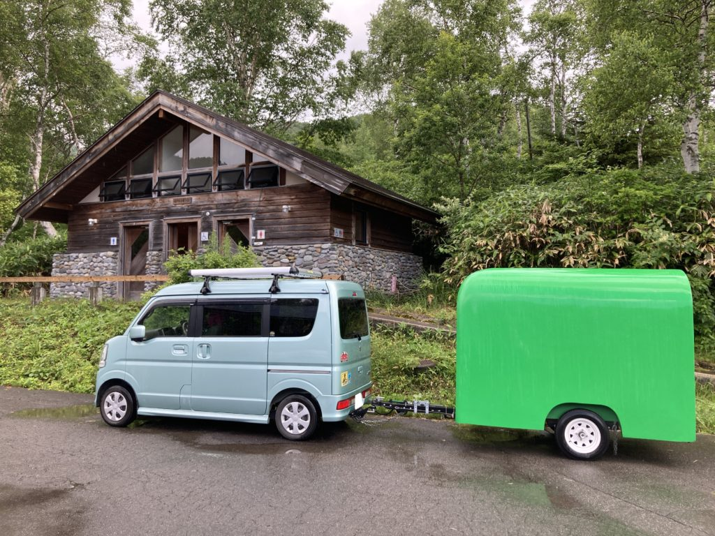 軽キャンピングトレーラーの幌馬車くんで行く志賀高原の木戸池キャンプ場の24時間トイレ