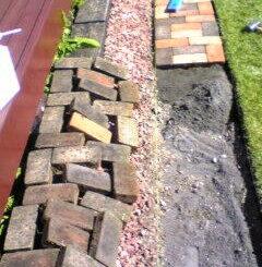 石レンガ敷設と芝生の根止め